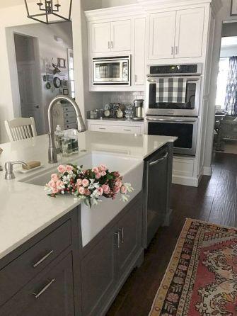 Amazing farmhouse kitchen decor ideas for inspiration 41