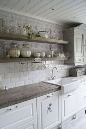 Amazing farmhouse kitchen decor ideas for inspiration 42