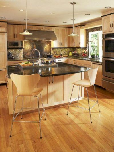 Amazing oak cabinet kitchen makeover ideas 05