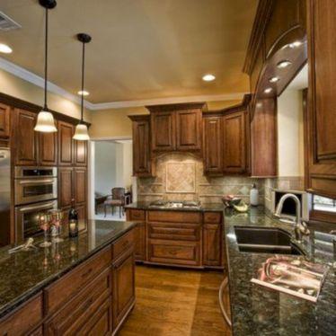 Amazing oak cabinet kitchen makeover ideas 14