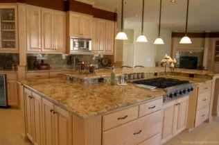 Amazing oak cabinet kitchen makeover ideas 16
