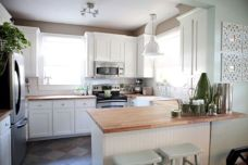 Amazing oak cabinet kitchen makeover ideas 24