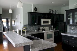 Amazing oak cabinet kitchen makeover ideas 43
