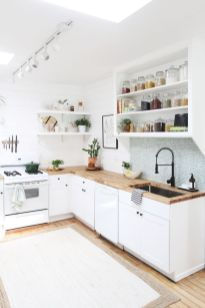 Awesome kitchen makeovers for small kitchens 17