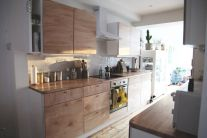 Awesome kitchen makeovers for small kitchens 21