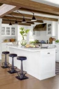 Awesome kitchen makeovers for small kitchens 26