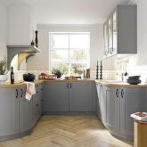 Awesome kitchen makeovers for small kitchens 40