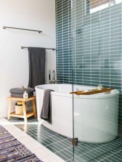 Beautiful mid century modern bathroom ideas 18