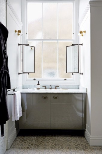 Best ideas for modern bathroom light fixtures 23