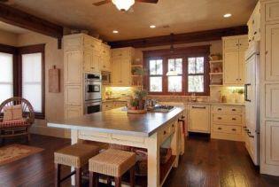 Comfy antique white kitchen cabinets ideas 04