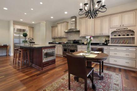 Comfy antique white kitchen cabinets ideas 07