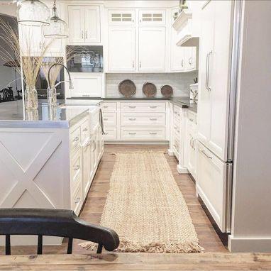 Comfy antique white kitchen cabinets ideas 16