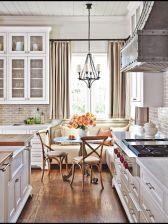 Comfy antique white kitchen cabinets ideas 38