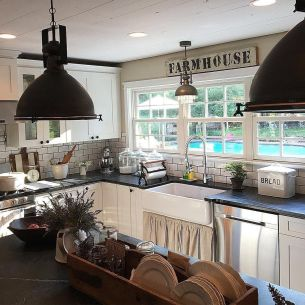 Comfy antique white kitchen cabinets ideas 45