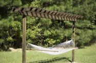 Comfy backyard hammock decor ideas 12