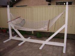Comfy backyard hammock decor ideas 22