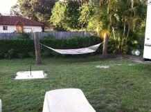 Comfy backyard hammock decor ideas 32