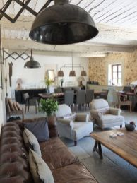 Easy rustic living room design ideas 13