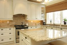 Elegant kitchen ideas with white cabinets 18