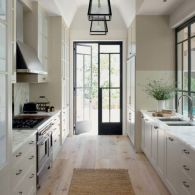 Elegant kitchen ideas with white cabinets 30