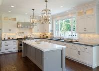 Elegant kitchen ideas with white cabinets 37