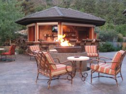 Fancy fire pit design ideas for your backyard home 16