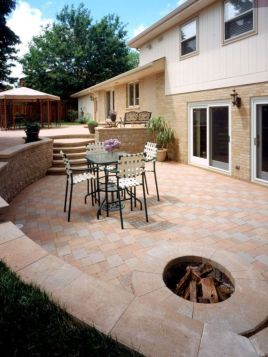 Fancy fire pit design ideas for your backyard home 33