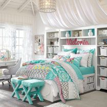 Impressive colorful bedroom ideas 33