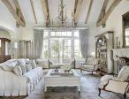 Relaxing formal living room decor ideas 26