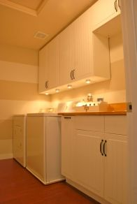 Totally inspiring laundry room wall cabinets ideas 18