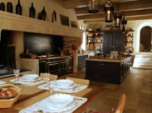 Unordinary italian rustic kitchen decorating ideas to inspire your home 29