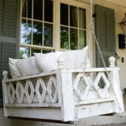 Amazing farmhouse porch decorating ideas 19
