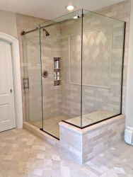 Awesome farmhouse shower tiles ideas 28