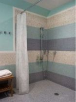Awesome farmhouse shower tiles ideas 44