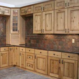 Brilliant rustic farmhouse kitchen cabinets remodel ideas 38