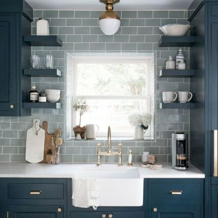 Cool farmhouse kitchen sink remodel ideas 26