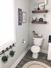 Cozy farmhouse bathroom makeover ideas 10