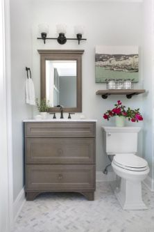Cozy farmhouse bathroom makeover ideas 16