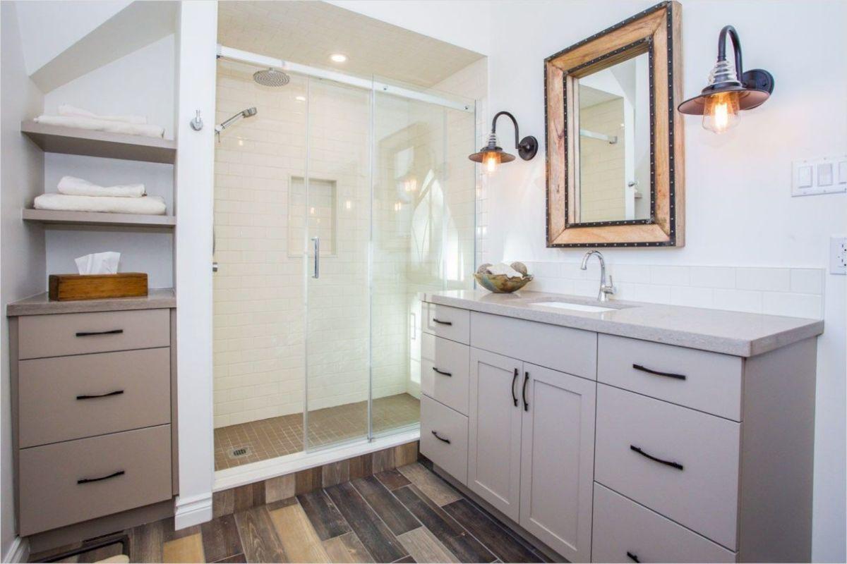 Cozy farmhouse bathroom makeover ideas 17