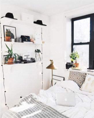 Gorgeous minimalist elegant white themed bedroom ideas 21