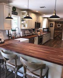 Impressive farmhouse country kitchen decor ideas 06