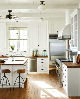 Impressive farmhouse country kitchen decor ideas 21