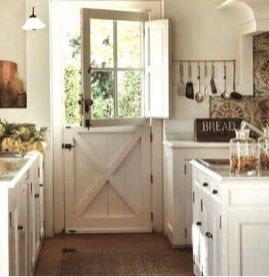 Impressive farmhouse country kitchen decor ideas 25