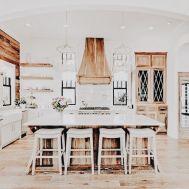 Impressive farmhouse country kitchen decor ideas 28