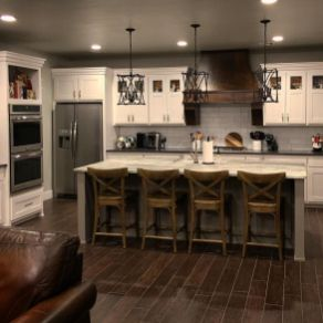 Impressive farmhouse country kitchen decor ideas 30
