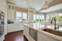 Impressive farmhouse country kitchen decor ideas 36