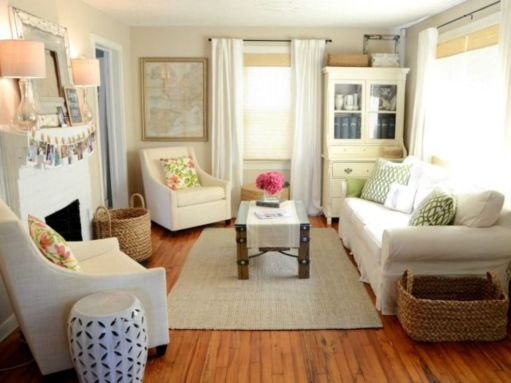 Inspiring small living room apartment ideas 50