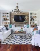 Lovely rustic coastal living room design ideas 24