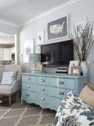 Lovely rustic coastal living room design ideas 26