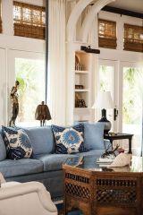 Lovely rustic coastal living room design ideas 41